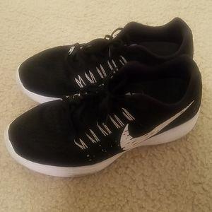 Nike Lunartempo Sneakers